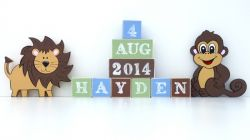 .Wooden Blocks - Personalised BLOCKS - JUNGLE MONKEY name, date and two free standing blocks
